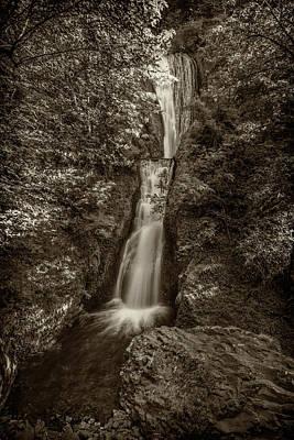 Photograph - Bridal Veil Falls Oregon Monotone Dsc05423 by Greg Kluempers