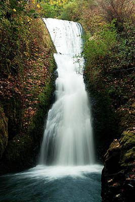 Photograph - Bridal Veil Falls, Oregon by Norman Hall