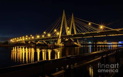 Garden Fruits - Bridge in night city. by Vsevolod Belousov