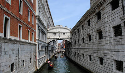 Photograph - Bridge Of Sighs by Robert Moss