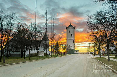 Mellow Yellow - Bright, colorful sunset over the tower by Viktor Birkus
