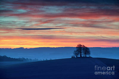 Photograph - Brightwell Round Barrow At Dawn by Tim Gainey