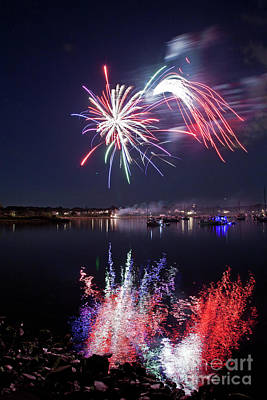Photograph - Bristol Fireworks # 4 by Butch Lombardi