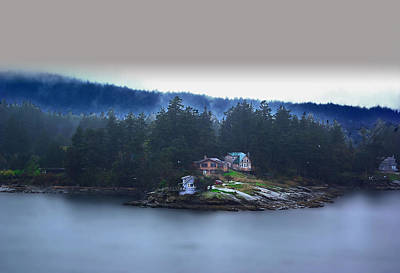 Photograph - British Columbia Homes by Dale Stillman