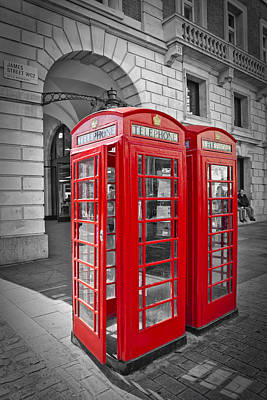 British Phone Box Print by Melanie Viola