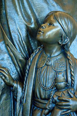 Photograph - Bronze Onieda Indian Girl by LeeAnn McLaneGoetz McLaneGoetzStudioLLCcom