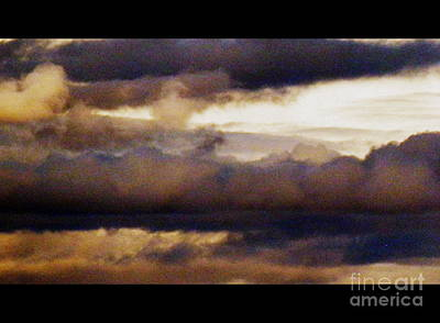 Photograph - Brooding Sky by L Cecka