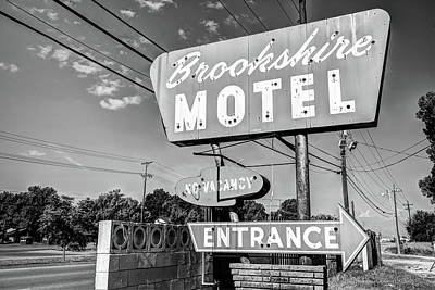 Photograph - Brookshire Motel - Route 66 Tulsa Black And White by Gregory Ballos