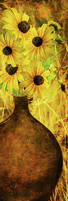 Photograph - Brown Eyed Susans In Vase by Len Moser