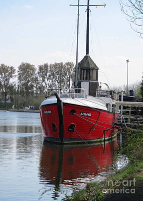 Photograph - Bruges Boat by Randall Weidner