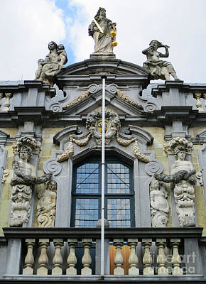 Photograph - Bruges Window 20 by Randall Weidner