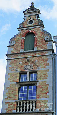 Photograph - Bruges Window 22 by Randall Weidner