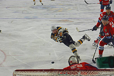 Photograph - Bruins Czarnik Takes Shot by Mike Martin