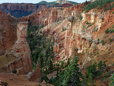 Photograph - Bryce Canyon 16 by Jeff Brunton