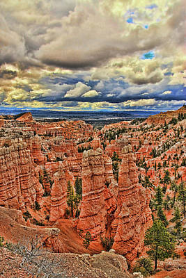 Photograph - Bryce Canyon 9 - Fairyland Canyon by Allen Beatty