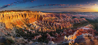 Photograph - Bryce Canyon Early Morning by William Lee