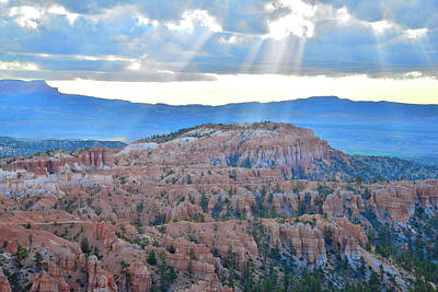 Photograph - Bryce Canyon Sun Beams by Ray Mathis