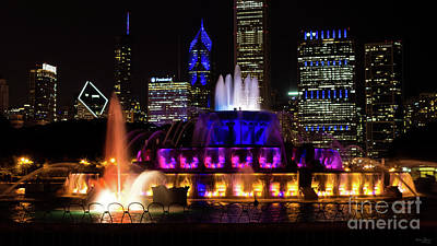 Photograph - Buckingham Fountain Chicago by Jennifer White