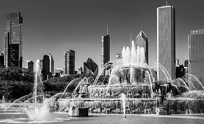 Photograph - Buckingham Fountain In Daylight by Patrice Bilesimo