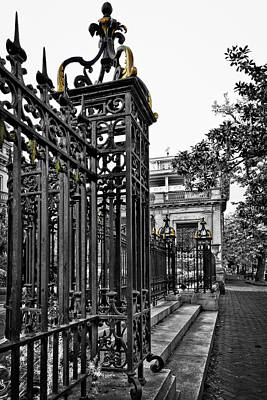 Buckingham Gates Art Print by Diana Powell