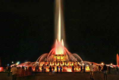 Photograph - Buckingham Memorial Fountain # 11 by Allen Beatty