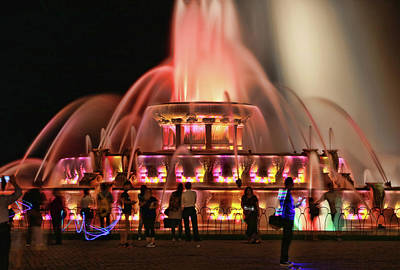 Photograph - Buckingham Memorial Fountain # 7 by Allen Beatty