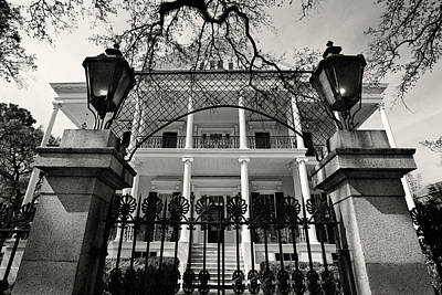 Gas Lamp Photograph - Buckner Mansion, Garden District - New Orleans, Louisiana by Andy Moine