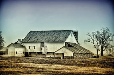 Pennsylvania Barn Digital Art - Bucks County Farm by Bill Cannon