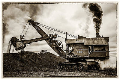 Evansville Photograph - Bucyrus Erie Shovel by Paul Freidlund