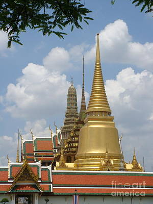 Buddhist Chedi - Bangkok Art Print by Mike Holloway