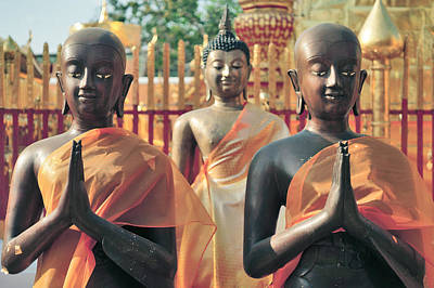 Photograph - Buddhist Statues by Lee Webb