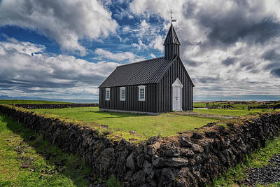 Photograph - Budir Black Church by Tom Singleton
