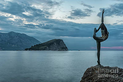 Photograph - Budva Little Gymnast Statue At Sunrise by Antony McAulay