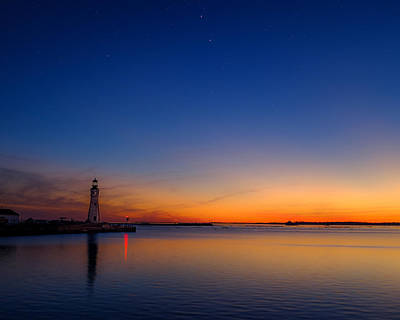 Photograph - Buffalo Main Light Twilight by Chris Bordeleau