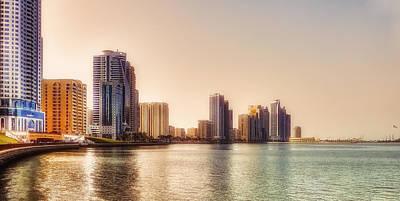 Photograph - Buhaira Corniche by Roberto Pagani