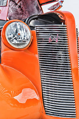 Photograph - Buick 8 Grill by Sharon Popek