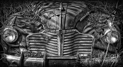 Buick Eight Front End Bw Art Print