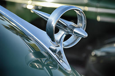 Photograph - Buick Hood Ornament by Bill Dutting