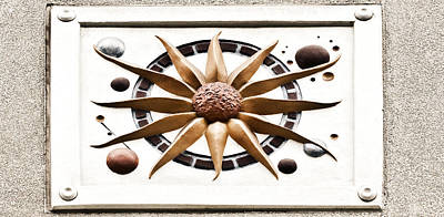 Photograph - Building Decoration by Marilyn Hunt