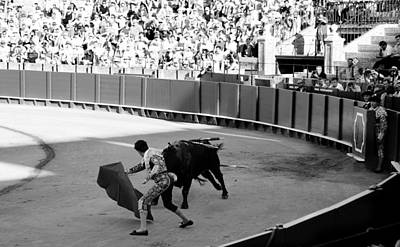 Photograph - Bullfighting 14b by Andrew Fare