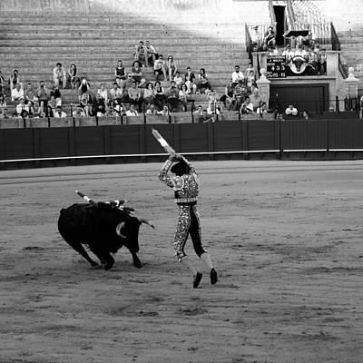 Photograph - Bullfighting 36b by Andrew Fare