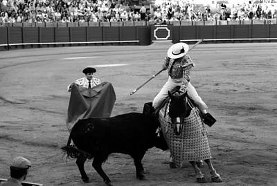 Photograph - Bullfighting 6b by Andrew Fare