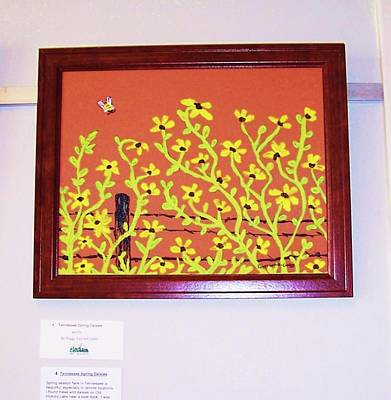 Nashville Tennessee Painting - Bumble Bee And Daisies by Peggy Leyva Conley