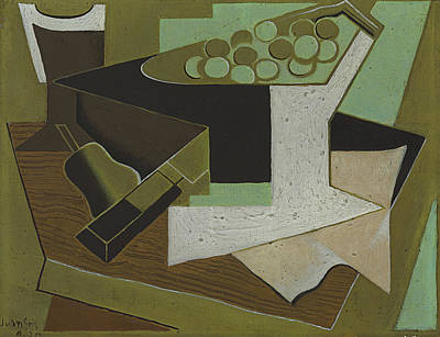 Bunch Of Grapes Painting - Bunch Of Grapes And Pear by Juan Gris