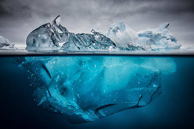 Cold Photograph - Buoyancy by Justin Hofman