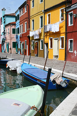 Burano Corner With Laundry Art Print by Donna Corless