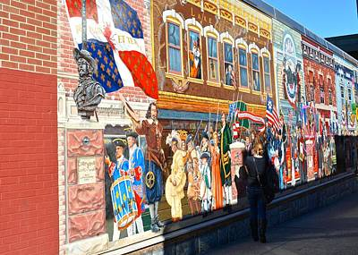 Photograph - Burlington Mural by Tana Reiff