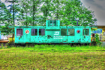 Photograph - Burlington Northern Caboose 2 by Richard J Cassato