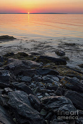 Photograph - Burnt Dawn, Camden, Maine  -54019-54020 by John Bald