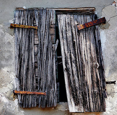 Photograph - Burnt Window Shutters With Rusted Hardware On The Island Of Burano, Italy by Richard Rosenshein